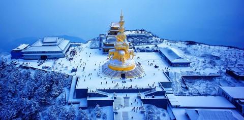 Núi Nga Mi ngập tuyết trắng - điểm du lịch hút khách ở Trung Quốc - Ảnh 10.