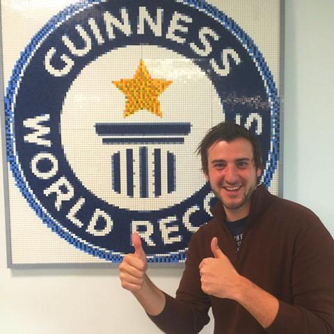 Phượt thủ trẻ nhất thế giới lập kỷ lục tới 196 nước khi mới 24 tuổi - Ảnh 1.