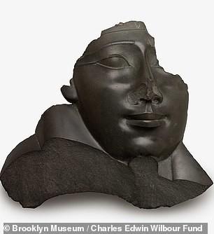 Kẻ trộm mộ và lời nguyền lên các pho tượng mất mũi - Ảnh 5.