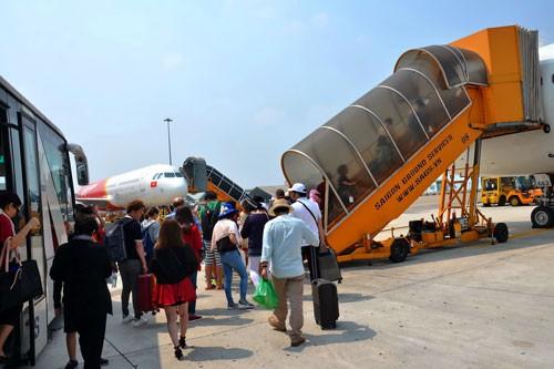 Ai được đầu tư mở rộng sân bay Tân Sơn Nhất?