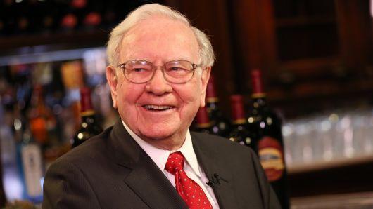 Cách dạy con keo kiệt của tỉ phú Warren Buffett - Ảnh 1.