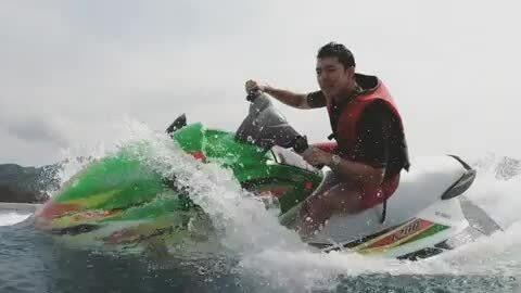 Nine Naphat - mỹ nam 23 tuổi khuynh đảo màn bạc Thái Lan - Ảnh 4.
