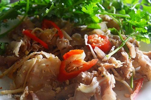 10 món ăn đường phố hấp dẫn ở Quy Nhơn - Ảnh 4.