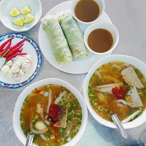 10 món ăn đường phố hấp dẫn ở Quy Nhơn - Ảnh 9.