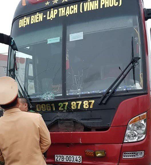 Vụ tai nạn 7 người đưa tang tử vong: Lời khai đầu tiên của tài xế xe khách - Ảnh 1.