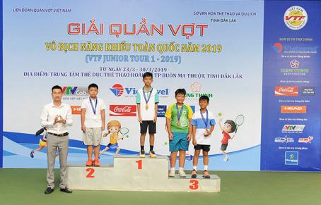Các tay vợt trẻ TP HCM áp đảo, đàn em Lý Hoàng Nam chỉ giành 1 HCV - Ảnh 3.