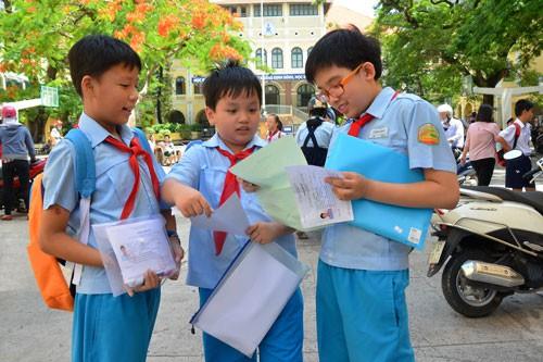 TP HCM công bố tuyển sinh đầu cấp:  Không nhận học sinh trái tuyến vào lớp 1 - Ảnh 1.