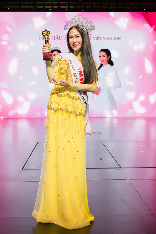 Mỹ nhân Sao Mai Tuyết Nga đăng quang Hoa hậu áo dài Việt Nam - Ảnh 1.