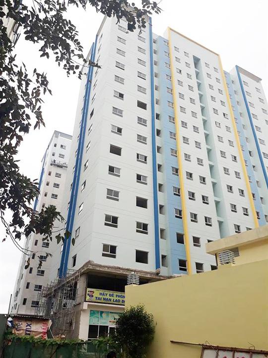 Thị trường bất động sản TP HCM không còn chỗ cho người thu nhập thấp - Ảnh 1.