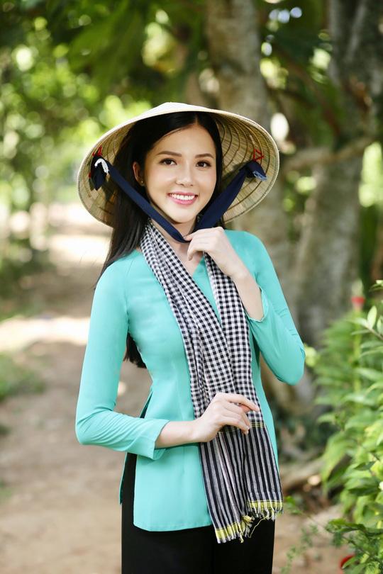 Hoa khôi Huỳnh Thúy Vi làm đại sứ lễ hội bánh dân gian Nam Bộ - Ảnh 9.