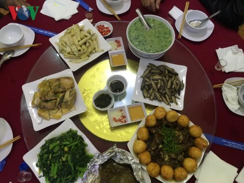 Độc đáo món cá suối Tấc Phù Yên, Sơn La - Ảnh 4.