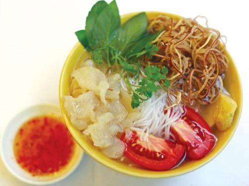 Khám phá bún sứa đặc sản Nha Trang khiến chị em mê mẩn - Ảnh 3.