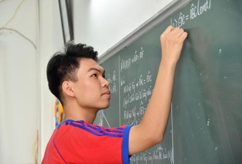 Giáo viên làm thất lạc hồ sơ thí sinh sẽ bị xử lý - Ảnh 1.
