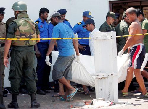 Lễ Phục sinh đẫm máu ở Sri Lanka - Ảnh 1.