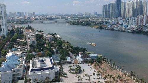 ĐIỀU TRA: Rắp tâm lấn chiếm bờ sông Sài Gòn: 13 ông chủ cùng 76 công trình - Ảnh 1.