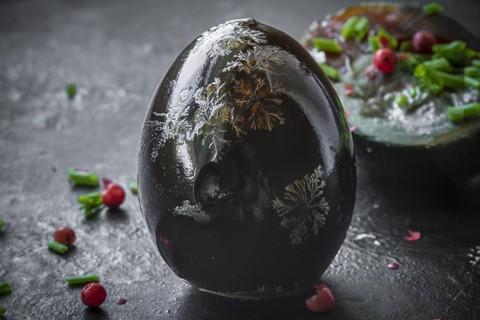 Trứng thế kỷ - món đặc sản lâu đời và kì dị - Ảnh 1.