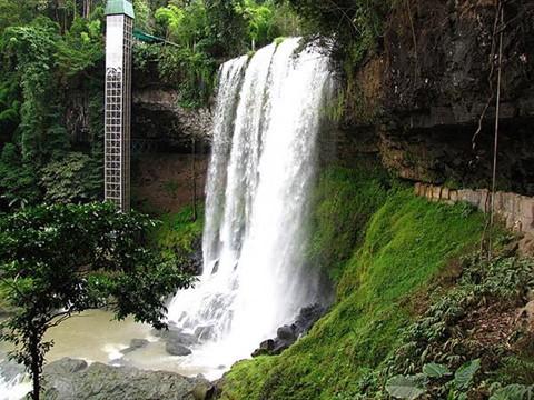 14 thác nước đẹp nhất thế giới, có 2 địa danh của Việt Nam - Ảnh 6.