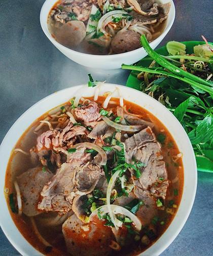 Những quán ăn ngon trên đường từ TP HCM đi Đà Lạt - Ảnh 1.