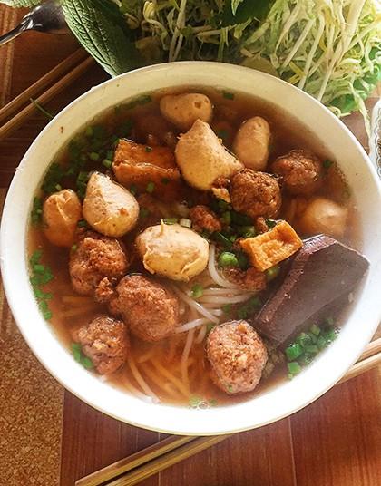 Những quán ăn ngon trên đường từ TP HCM đi Đà Lạt - Ảnh 3.