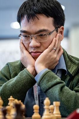 Lê Quang Liêm đấu trí dàn siêu kỳ thủ - Ảnh 1.