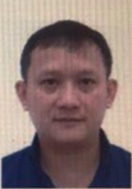 Tong giam doc Nhat Cuong Mobile bi khoi to bat tam giam