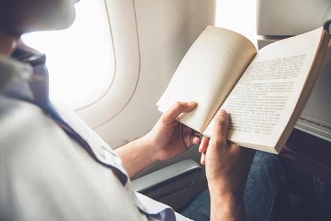 6 gợi ý giúp bạn đánh một giấc ngon lành trên máy bay - Ảnh 2.