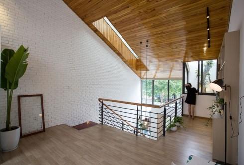 Nhà tối giản nhưng đầy đủ ánh sáng và cây xanh - Ảnh 7.