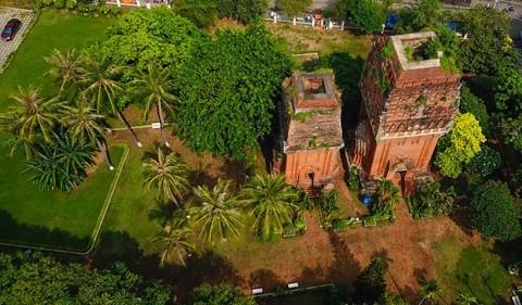 Tháp cổ nghìn năm ở miền đất Võ, trời Văn - Ảnh 6.