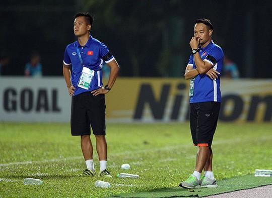 HLV Vũ Hồng Việt lần đầu dẫn dắt CLB ở V-League - Ảnh 1.