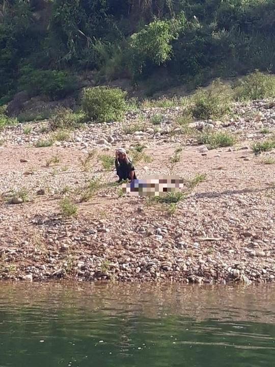 Thêm 2 học sinh chết đuối khi đi tắm sông tại Quảng Bình - Ảnh 1.