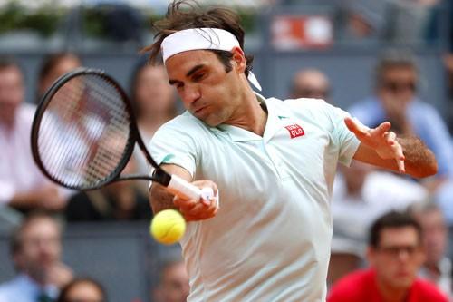 Federer đầy cảm xúc trong lần trở lại Paris - ảnh 1