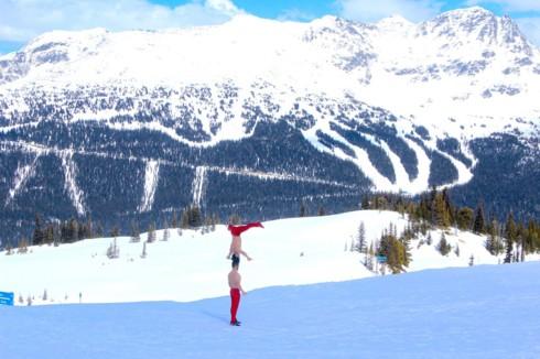 Quốc Cơ - Quốc Nghiệp biểu diễn giữa cái lạnh âm 10 độ C ở Canada - Ảnh 5.