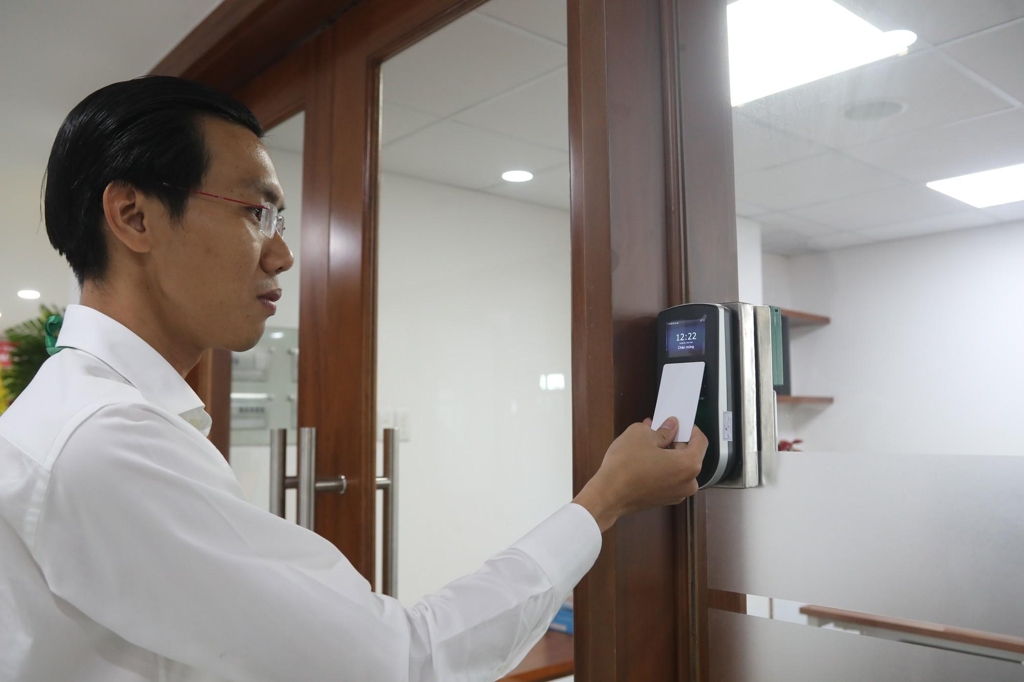 TP HCM khánh thành Trung tâm Báo chí đầu tiên ở Việt Nam - Ảnh 6.