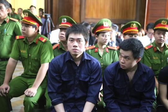 Van Kinh Duong thu nhieu do choi doi pho co quan chuc nang