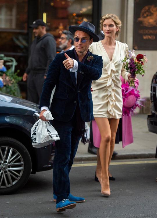Jude Law bí mật kết hôn lần hai - Ảnh 2.