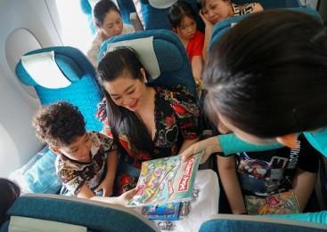 Nhiều cơ hội nhận quà Vietnam Airlines ngày 1-6 - Ảnh 2.