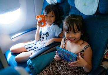 Nhiều cơ hội nhận quà Vietnam Airlines ngày 1-6 - Ảnh 3.