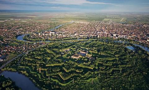 Vùng đất của bá tước ma cà rồng nhìn từ trên cao - Ảnh 9.