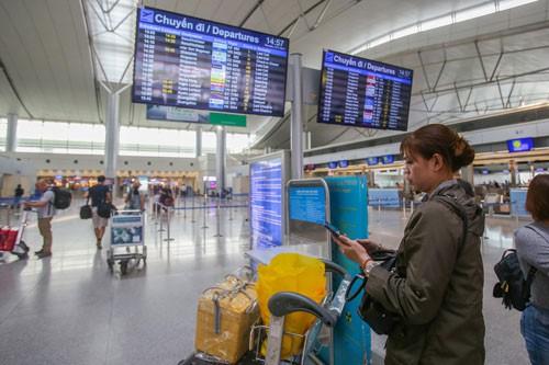 Sân bay bỏ loa phường: Đỡ ồn song dễ lỡ chuyến - Ảnh 1.