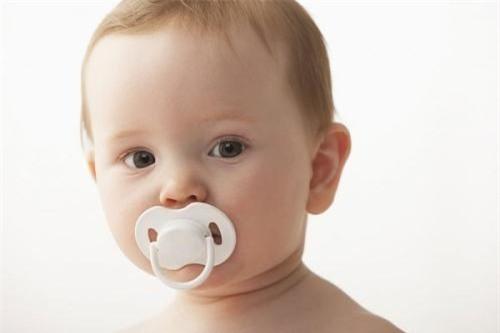Bật mí cho cha mẹ cách chăm sóc trẻ khi mọc răng - Ảnh 3.
