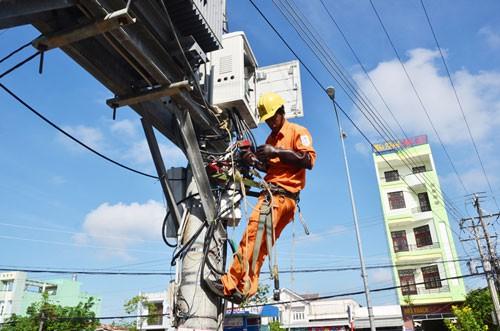 Mua điện Trung Quốc không căn cơ