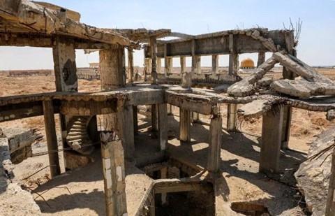 8 sân bay bỏ hoang đáng sợ nhất thế giới - Ảnh 13.