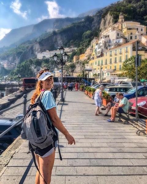 Cô gái 23 tuổi bỏ việc, đi khắp thế giới với 11 USD/ngày - Ảnh 4.