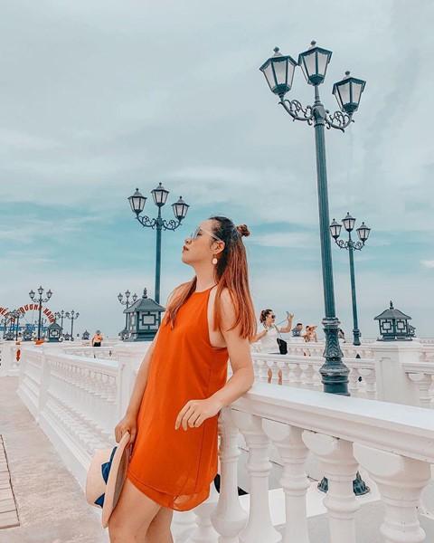 Check-in liền tay cầu cảng Hải Tiến đẹp tựa trời Tây ở Thanh Hoá - Ảnh 3.