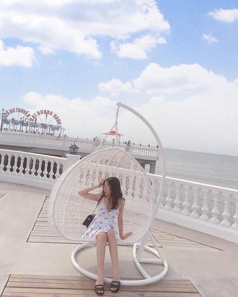 Check-in liền tay cầu cảng Hải Tiến đẹp tựa trời Tây ở Thanh Hoá - Ảnh 5.