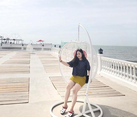 Check-in liền tay cầu cảng Hải Tiến đẹp tựa trời Tây ở Thanh Hoá - Ảnh 8.