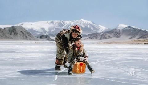 Cuộc sống dưới cánh đại bàng của người dân Mông Cổ - Ảnh 25.