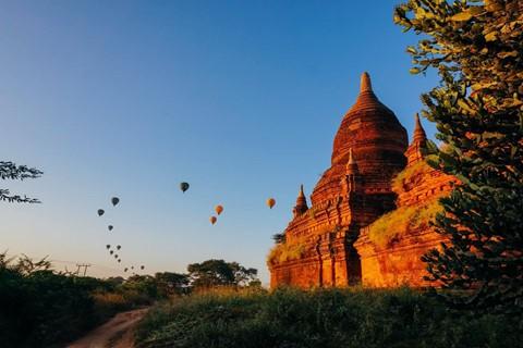 Tiếng vó ngựa len lỏi giữa những khu đền ở Myanmar - Ảnh 3.
