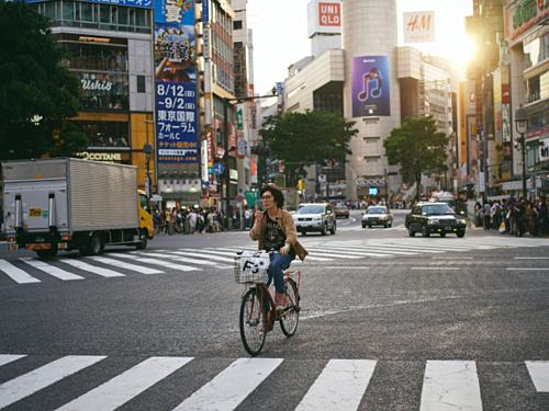 Lý do Nhật Bản ít thùng rác công cộng nhưng đường phố vẫn sạch - Ảnh 1.