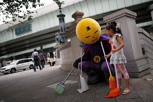 Lý do Nhật Bản ít thùng rác công cộng nhưng đường phố vẫn sạch - Ảnh 2.